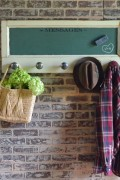 magnetic chalkboard with knobs