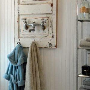 Vintage Bath & Laundry Accessories